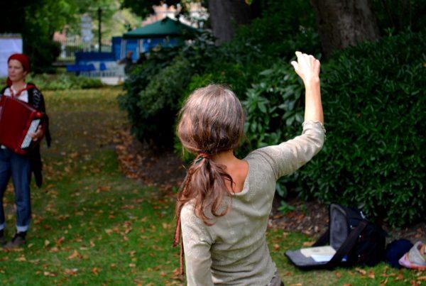 Mouvement authentique- Anne Rose Lovink-Danse Mouvement Energie